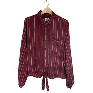 🚨American Eagle Tie Knot Striped Blouse